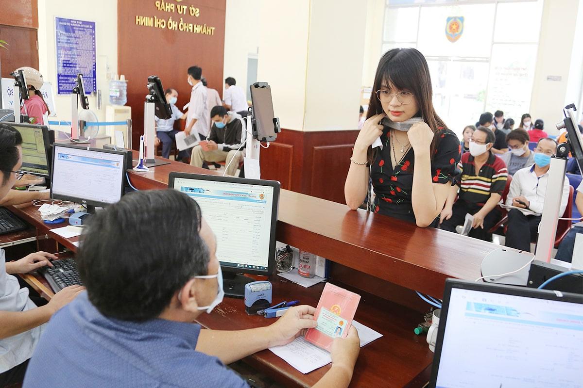 Hướng dẫn thủ tục làm hộ khẩu TPHCM - trihovuongkhi.com
