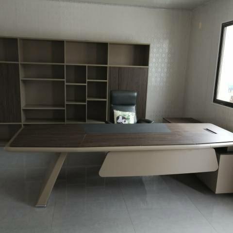Mẫu bàn giám đốc chữ L đẹp tại trihovuongkhi.com