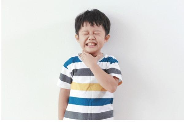 Nguy hiểm khi cho trẻ 3-12 tuổi sử dụng thuốc cảm-ho người lớn
